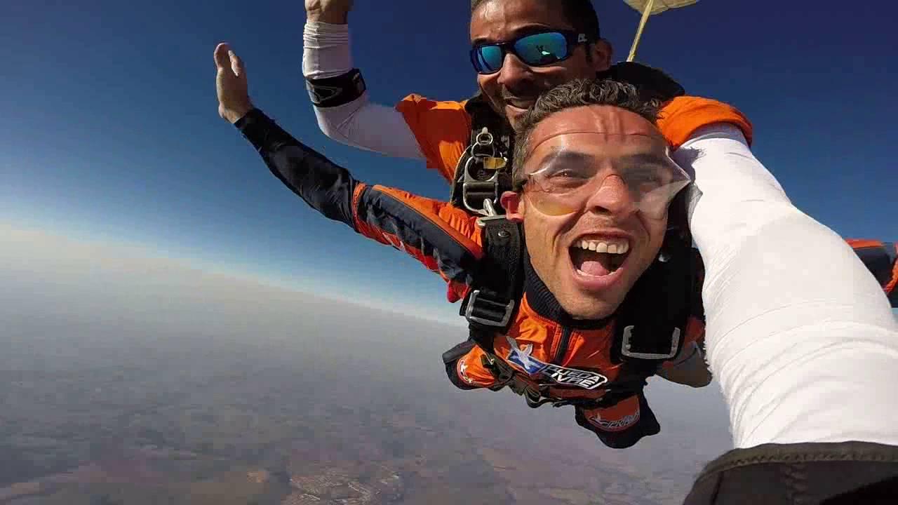 Salto de Paraquedas do Edgard na Queda Livre Paraquedismo 28 07 2016