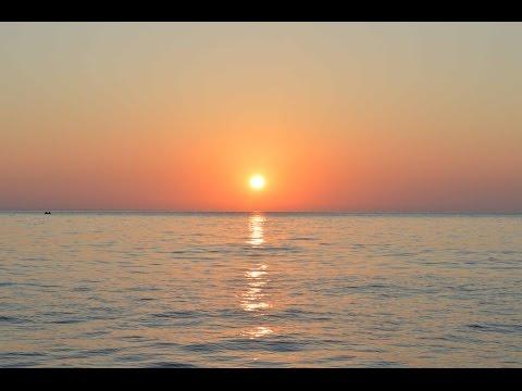 Рассвет над морем. Time Lapse