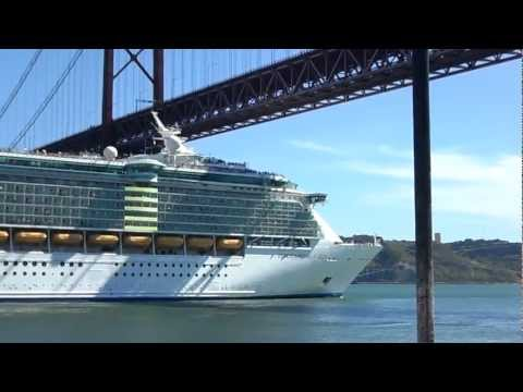 Independence of the Seas leaving Lisbon port