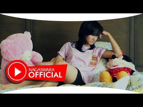 Apel Band - SAK ( Sedang Apa Kamu ) (Official Music Video NAGASWARA) #music