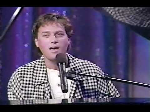 """Michael W. Smith """"My Place in This World"""" & """"Friends"""" - Live on The 700 Club"""