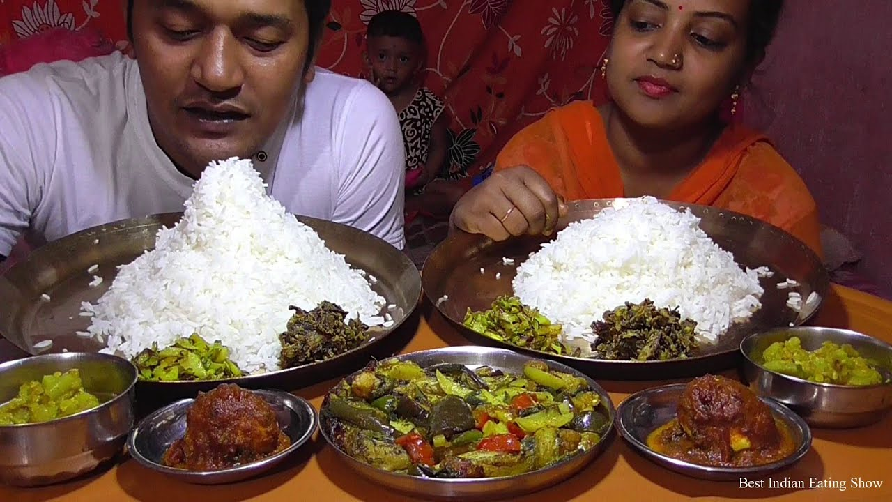 Bengali Couple Eating Together - Lotte Fish Curry with Vegetables - Egg Curry - Lau Ghanta