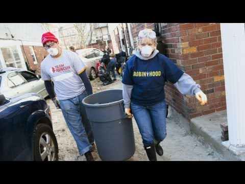 Robin Hood Foundation Delivers on Promise to Sandy Victims | MetroFocus