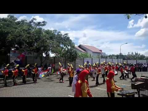 Penampilan menakjubkan marching band SMPN 1 Padalarang