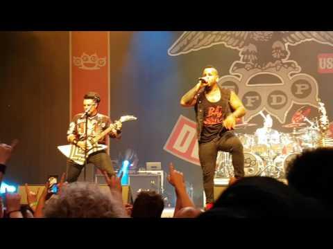 Five Finger Death Punch (5FDP) - live @ 013 Tilburg, 19 June 2017 (second show)