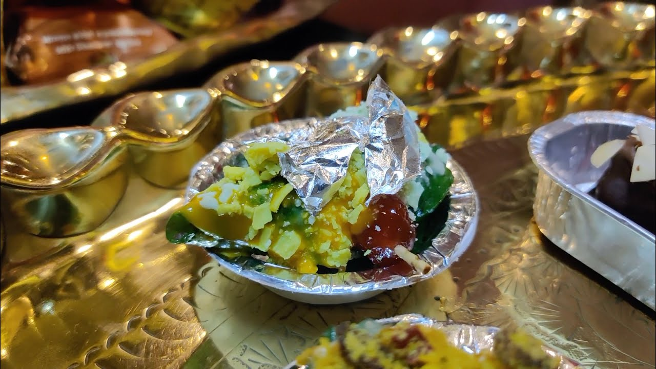 India's Most Lavish Paan Shop | Over 1000 types of Paan | Indian Street Food