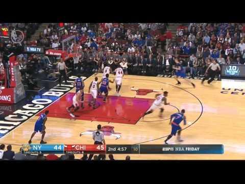 Cristiano Felício blocks Derrick Rose; Nikola Mirotic hits a 3 - Chicago Bulls vs New York Knicks