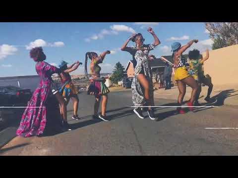 Ciara Dancing to