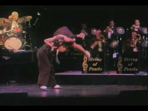 IN THE MOOD ~ A 1940s Big BandSwing Musical