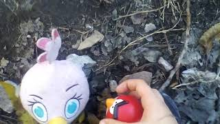 Vacaciones en el bosque (parte 1) Angry birds Red Reta Estella y Chuck