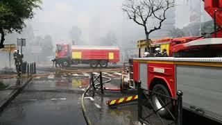 Incendie Pointe à Pitre :  Le feu qui s'est déclaré dans un commerce de la rue Frébault