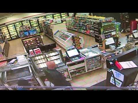 Two men rob Ormond Beach 7-11