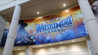 WWE WrestleMania 33 Weekend Kicks Off | Superstore Tour & WrestlePro!