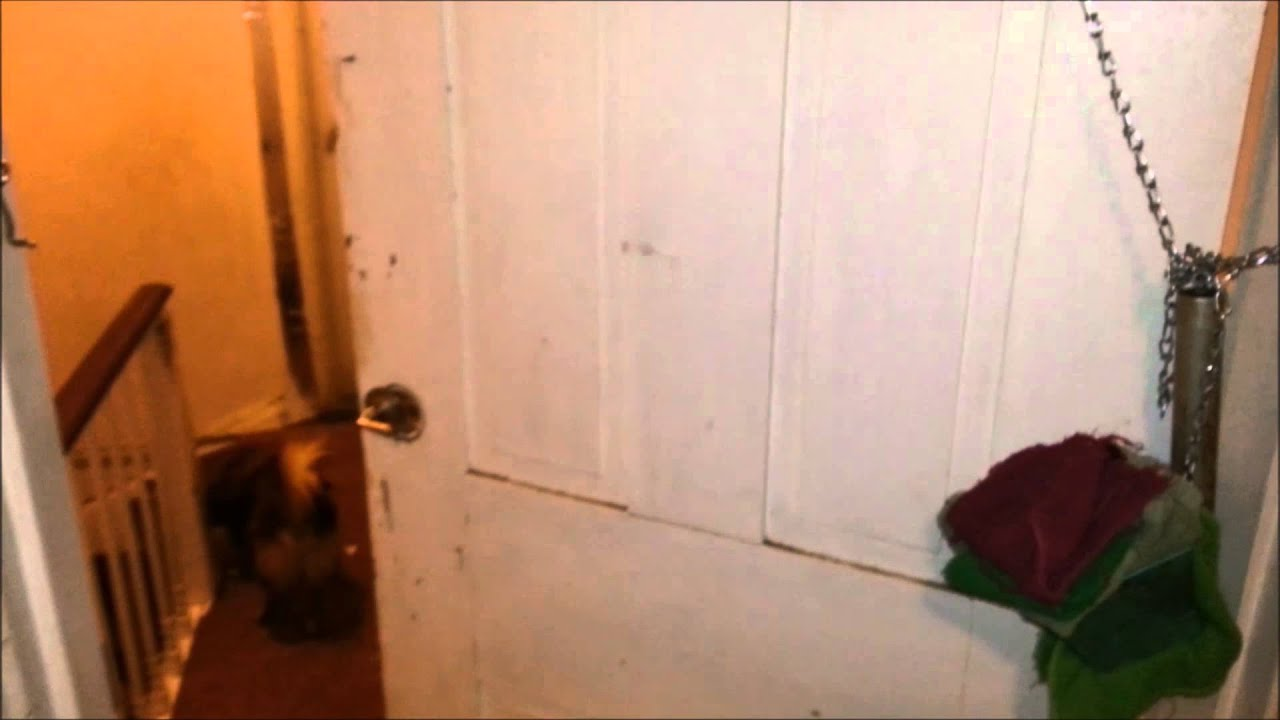& How to keep a door closed with weights. - YouTube