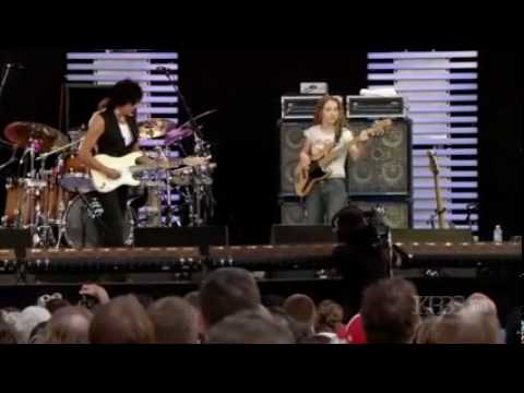 Jeff Beck with Tal Wilkenfeld at Crossroads 2007 Live
