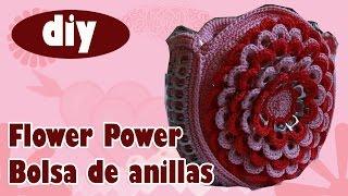 """Cómo hacer una bolsa con anillas: """"Flower Power"""" paso 1"""