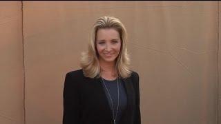 Lisa Kudrow révèle que se faire refaire le nez a changé sa vie