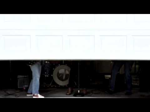 Garage Door Thomastown R J Garage Doors VIC & Garage Door Thomastown R J Garage Doors VIC - YouTube