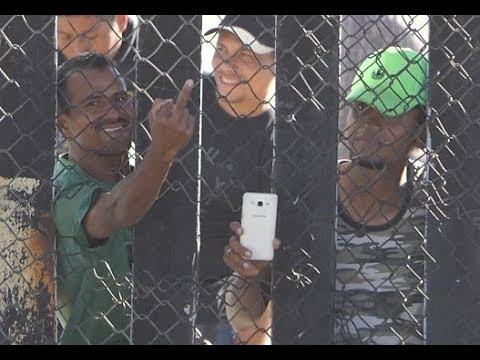 The Pursuit of Happiness - Caravan Migrants Have Smartphones, Show Us Middle Fingers (video)