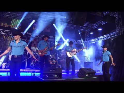 Johnny Y Nora Canales / El Grupo Control II