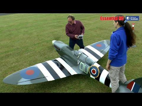 GIANT 1:3 SCALE RC SPITFIRE: LMA Cosford Show 2016 - YouTube