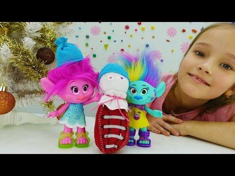 Видео с игрушками: поделки на Новый год! Снеговик своими руками и игрушки из мультика Тролли