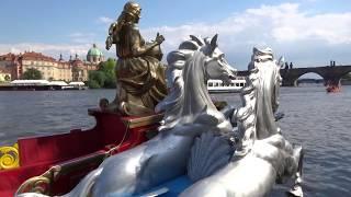 BENÁTSKÉ VÁLEČNÉ GONDOLY NA VLTAVĚ - Svatojánské barokní slavnosti NAVALIS, Praha,č.8