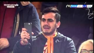 Totti brace sends Roma fan into tears of joy