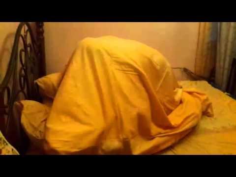 Как одевать пододеяльник на одеяло