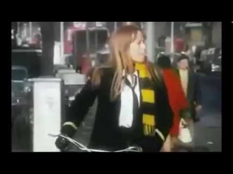 Twinky. Susan George. Song by Jim Dale.
