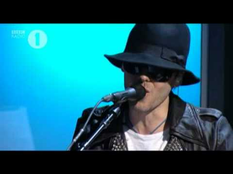30 Seconds to Mars - Bad Romance@BBC Radio 1 Live Lounge