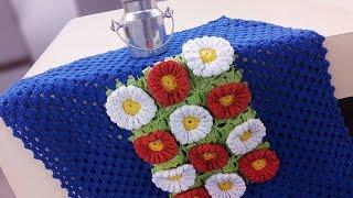 Marta Araujo – Painel de Flores em Crochê