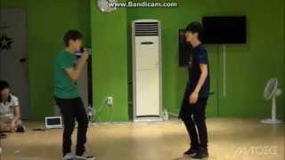 130718 SEVENTEEN TV Soonyoung + Seunggwan sing 'When The Door Closes' - BEAST (두준, 동운)
