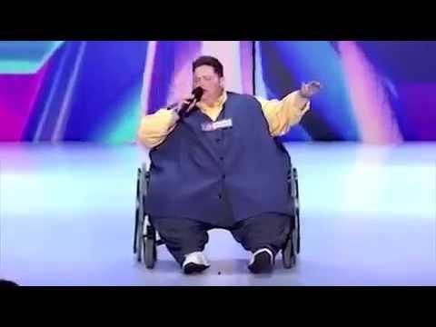 парень весом 245 кг взорвал зал зрители и судьи в шоке просто нереальный голос
