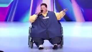 парень весом 245 кг взорвал зал! зрители и судьи в шоке! просто нереальный голос!