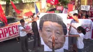 Cops block protesters who tried to head near US embassy