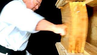 The most dangerous punch | Okinawa Karate | Masaaki Ikemiyagi | 最も危険な突き | 池宮城政明先生 | 沖縄空手 thumbnail