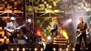 "Chris Stapleton ""Parachute"" Live Toronto August 17 2017"