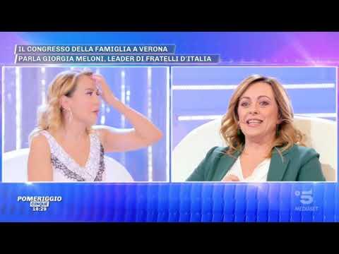 Giorgia Meloni ospite a Pomeriggio5 su canale 5. Top!