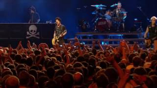 Скачать Green Day Stay The Night Live