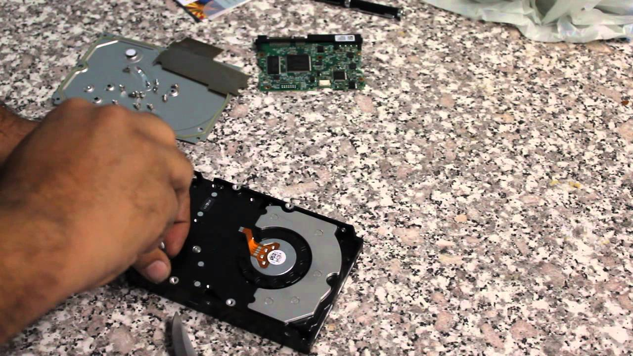 How to recover data from laptop internal hard disk