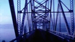 Bridges-Go-Round (Shirley Clarke - 1958)
