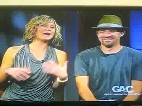 Sugarland Interview part 1