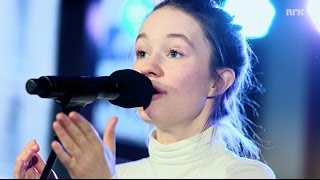 "P3 Christine Live: Sigrid ""Don't Kill My Vibe"""