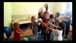 Шоу мыльных пузырей. Дети балдеют и счастливы.