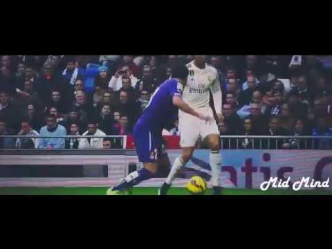 cristiano-ronaldo-vs-lionel-messi---skills-&-dribbles-2015