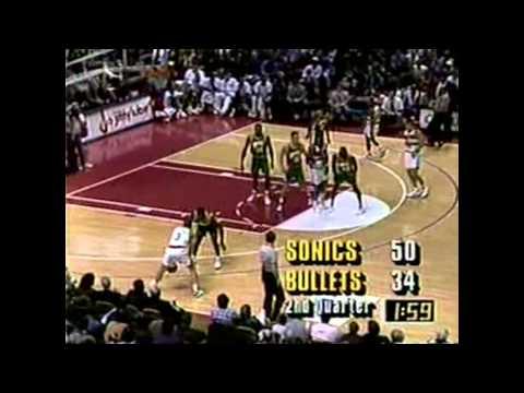 Shawn Kemp - Sonics at Bullets - 1993-94