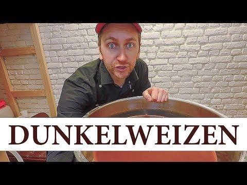 Dunkelweizen. Дункельвайцен. Темное немецкое пиво в пасмурную погоду.