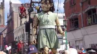 Royal de Luxe @ Liverpool Giant Spectacular 2014 - The Little Girl Giant