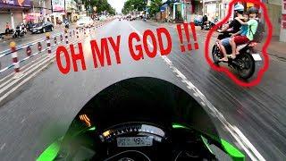 Khánh Henry Motovlog #1 : Phản ứng của bạn nhỏ khi thấy xe mình